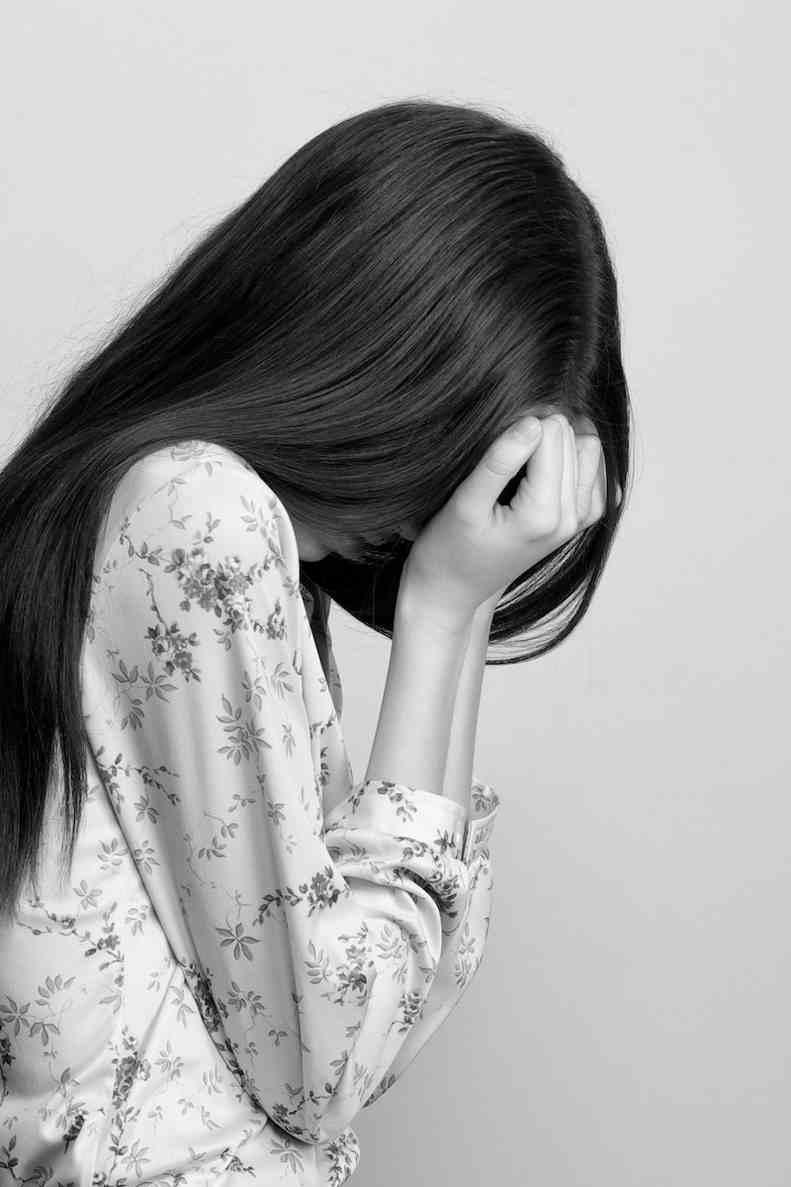 Картинка на аву грустные для девушек